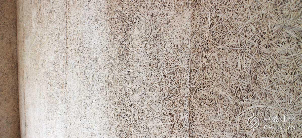 木絲水泥板(Wood Wool Cement Board)具有明顯立體的木絲紋路,但市面上名稱經常混用。圖為中菱建材生產的鑽泥板。