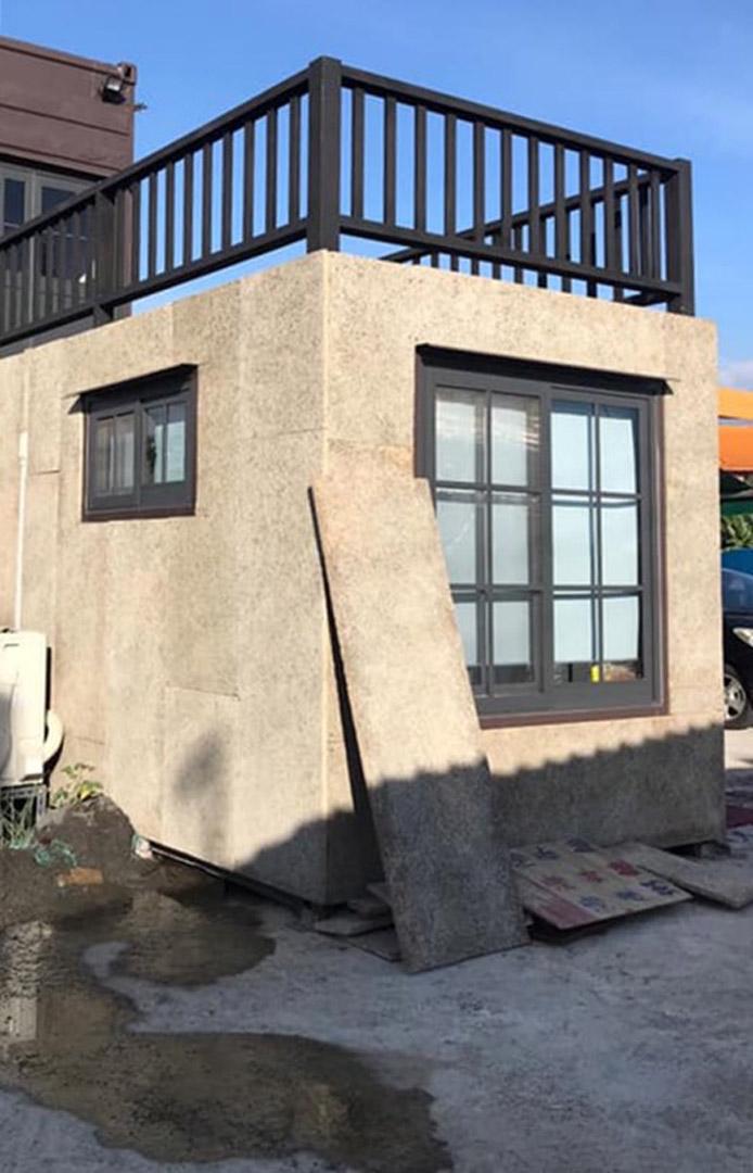 貨櫃屋隔熱板套組新上架!裝潢施工更簡便,貨櫃專用的鑽泥板尺寸(圖片來源/你的夢想家)